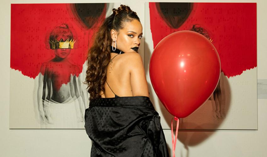 Έρχεται καινούριο άλμπουμ; Η Rihanna υπόσχεται ανακοινώσεις για το 2018