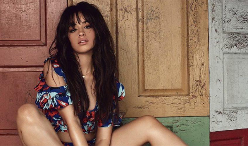 Η Camila Cabello ισοφαρίζει την επίδοση δεκαετίας της Adele
