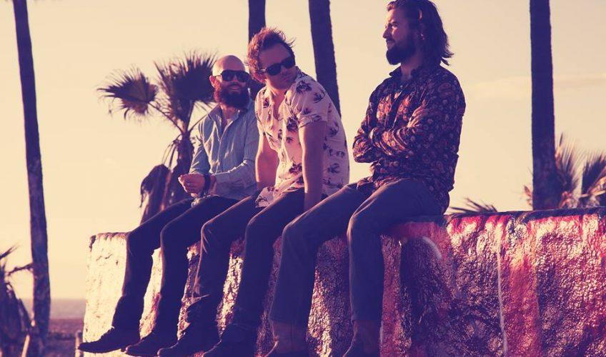 """Το πρωτο single απο τους The Rebel Light εχει τον τιτλο """"Where Did All The Love Go"""""""
