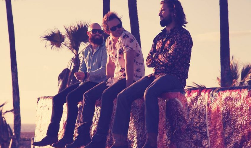 """Το πρώτο single από το νέο τους EP έχει τον τίτλο """"Where Did All The Love Go"""" και είναι ένα super happy rock song!"""