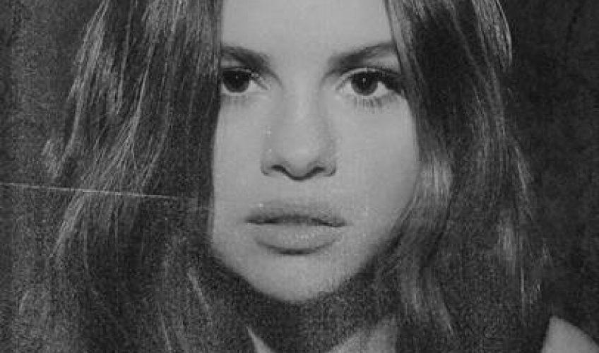 Η Selena Gomez 'σκοράρει' το πρώτο της Νο.1 τραγούδι στο 'Hot 100' του Billboard με το πρόσφατο hit single της, 'Lose You To Love Me'.