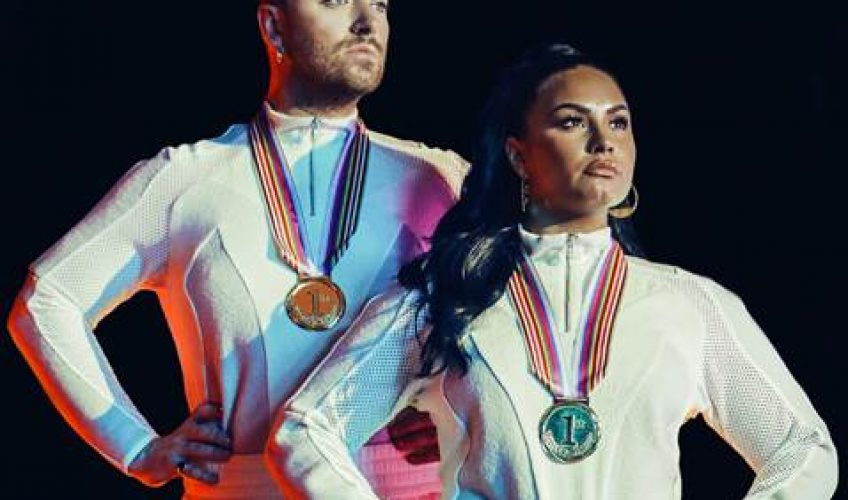 Οι Sam Smith και Demi Lovato, ενώνουν για πρώτη φορά τις υπέροχες φωνές τους και κυκλοφορούν το καινούργιο τους single 'I'm Ready'.
